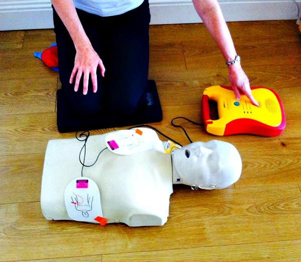 CPD & AED (defibrillator) course